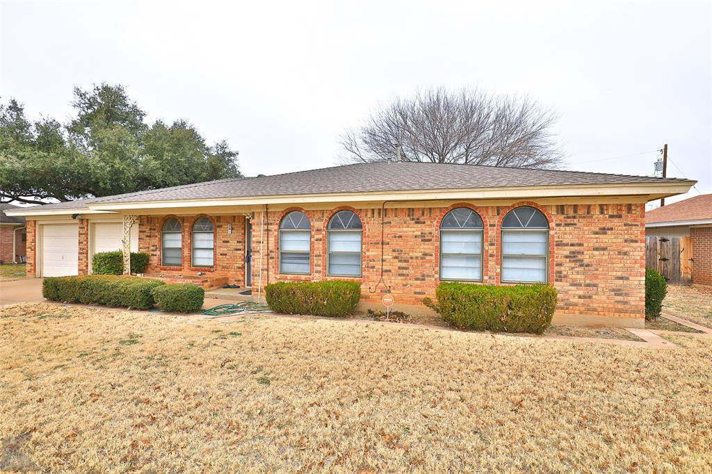 20 Stonegate Road, Abilene, Texas 79606 - Acquisto Real Estate best plano realtor mike Shepherd home owners association expert