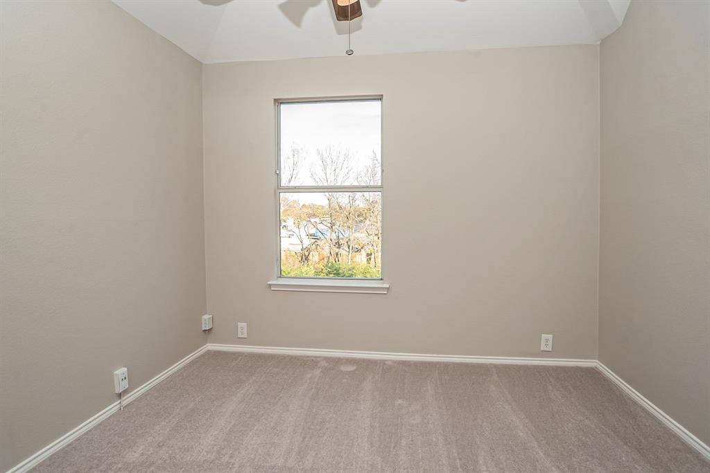 3920 Lochridge Court, North Richland Hills, Texas 76180 - acquisto real estate best frisco real estate broker in texas for high net worth buyers