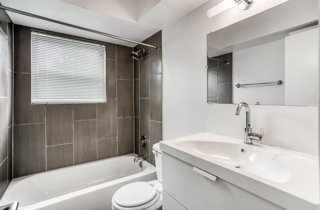 5708 Hudson Street, Dallas, Texas 75206 - acquisto real estate best new home sales realtor linda miller executor real estate