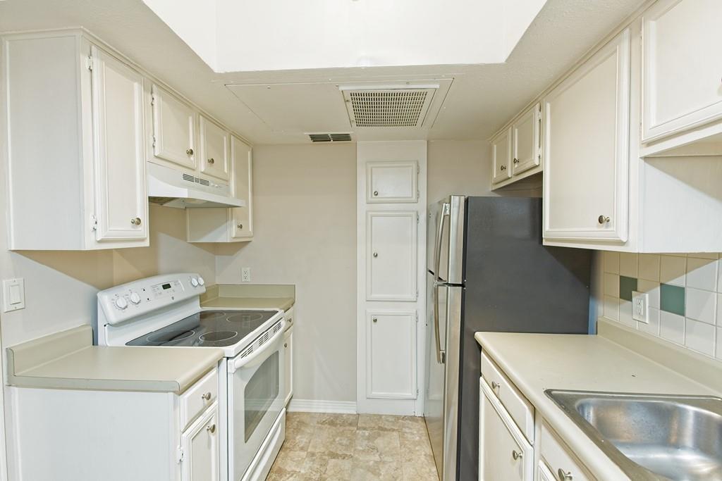 6324 Bordeaux Avenue, Dallas, Texas 75209 - acquisto real estate best photos for luxury listings amy gasperini quick sale real estate