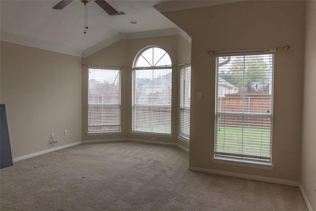 1404 Ranch Hill Drive, Irving, Texas 75063 - acquisto real estate best realtor foreclosure real estate mike shepeherd walnut grove realtor