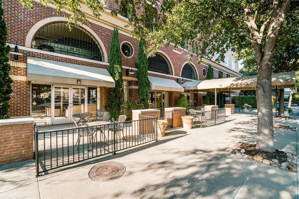 4611 Travis Street, Dallas, Texas 75205 - acquisto real estate best negotiating realtor linda miller declutter realtor