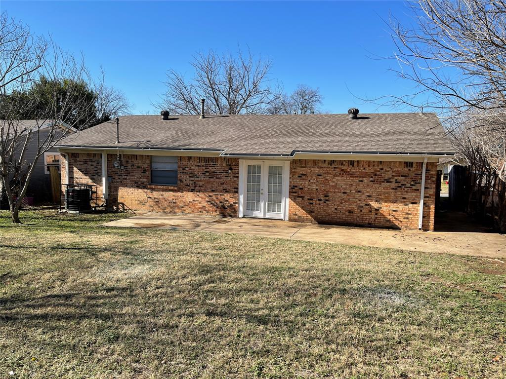 4917 Eastover Avenue, Fort Worth, Texas 76119 - acquisto real estate best real estate company to work for