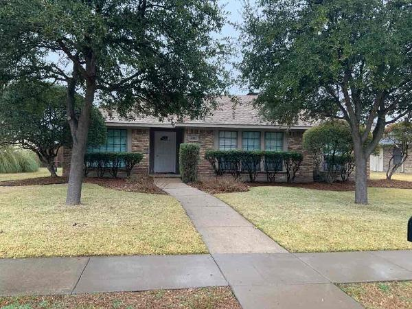 3941 Los Robles Drive, Plano, Texas 75074 - Acquisto Real Estate best plano realtor mike Shepherd home owners association expert