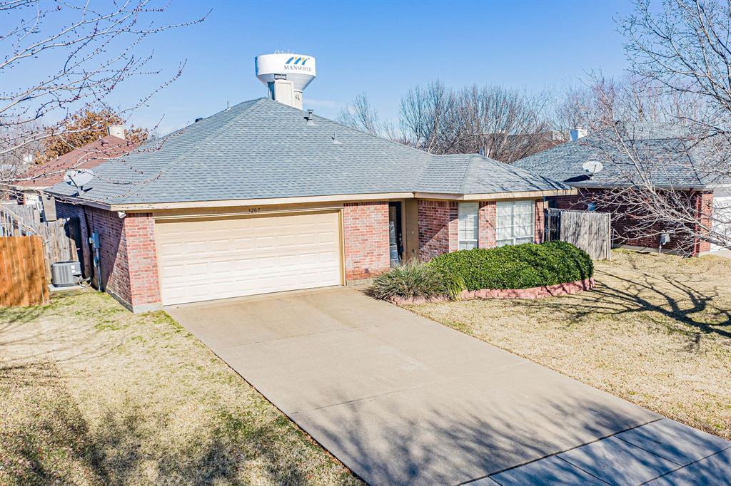 3207 Dove Valley Lane, Mansfield, Texas 76063 - acquisto real estate nicest realtor in america shana acquisto