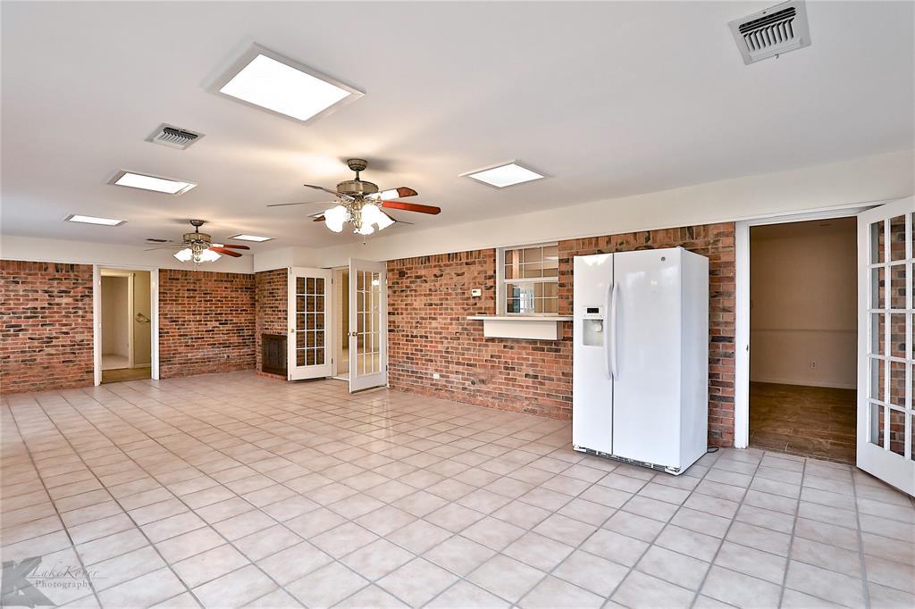 2033 Greenbriar Drive, Abilene, Texas 79605 - acquisto real estate best prosper realtor susan cancemi windfarms realtor