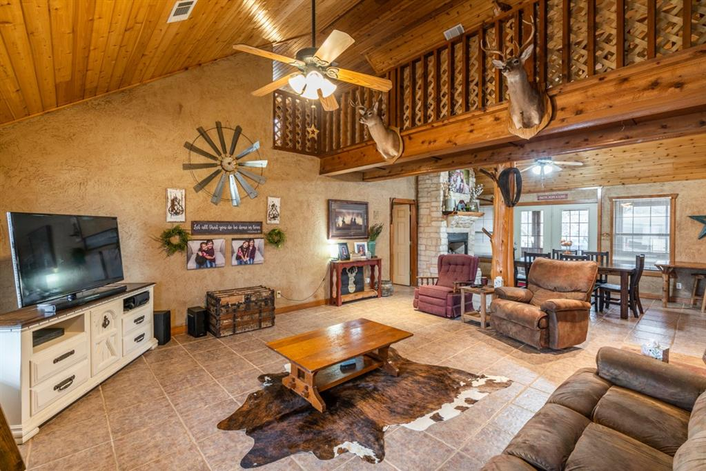 1529 County Road 1220 Lake Creek, Texas 75450 - acquisto real estate best prosper realtor susan cancemi windfarms realtor
