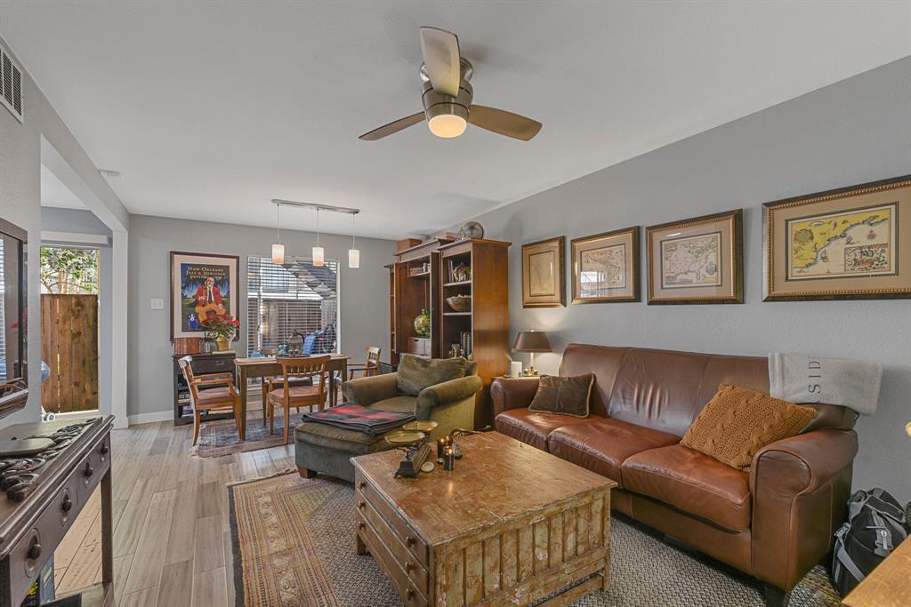15914 Stillwood Street, Dallas, Texas 75248 - acquisto real estate best prosper realtor susan cancemi windfarms realtor