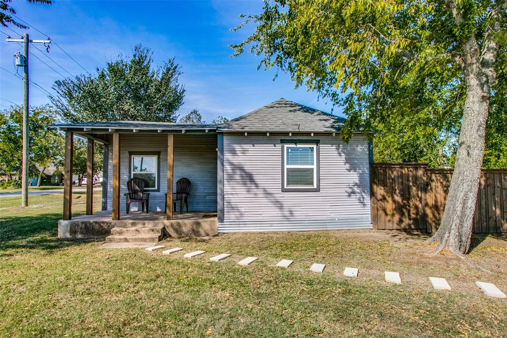 605 6th  Street, Justin, Texas 76247 - Acquisto Real Estate best plano realtor mike Shepherd home owners association expert