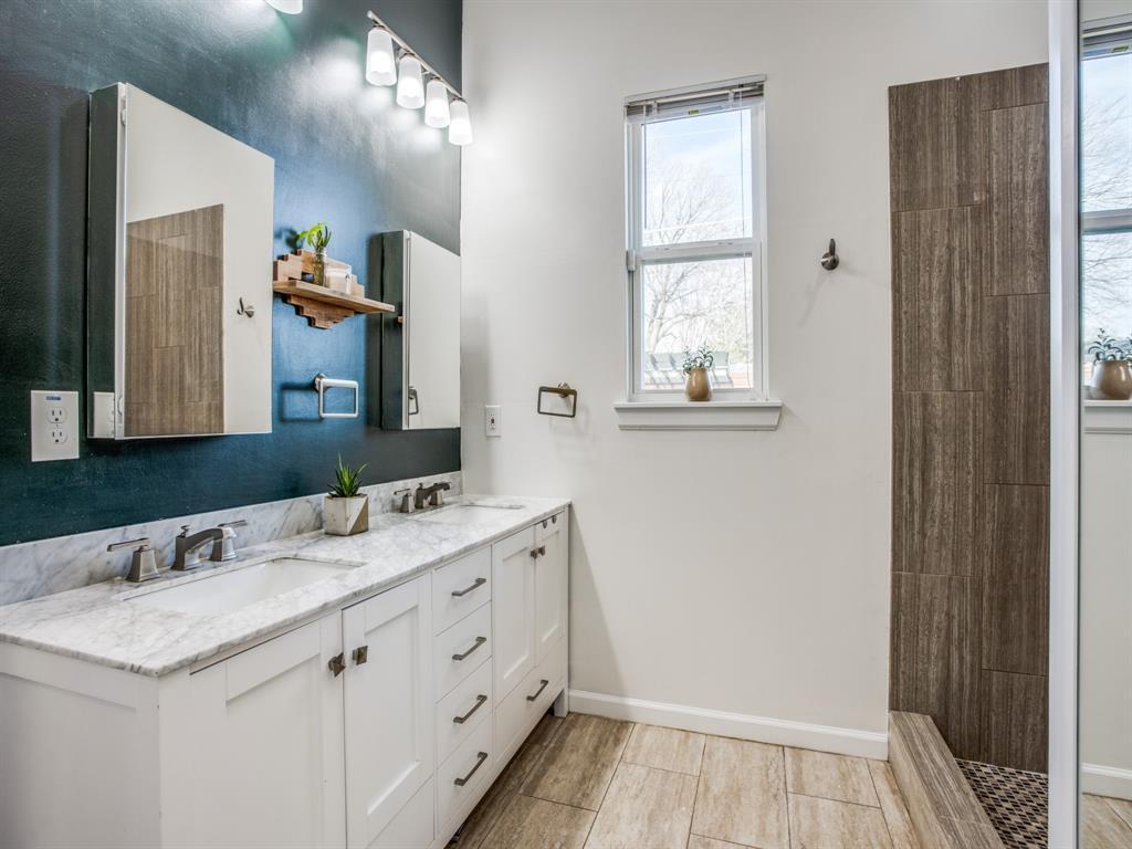 3303 Poinsettia Drive, Dallas, Texas 75211 - acquisto real estate best investor home specialist mike shepherd relocation expert