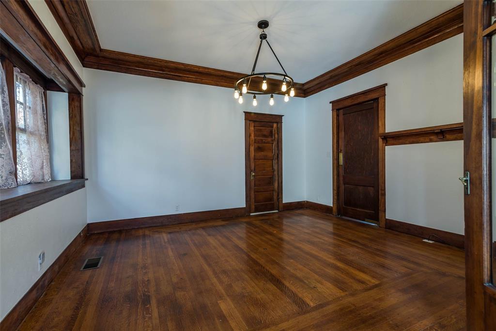 602 Travis Street, Sherman, Texas 75090 - acquisto real estate best luxury buyers agent in texas shana acquisto inheritance realtor