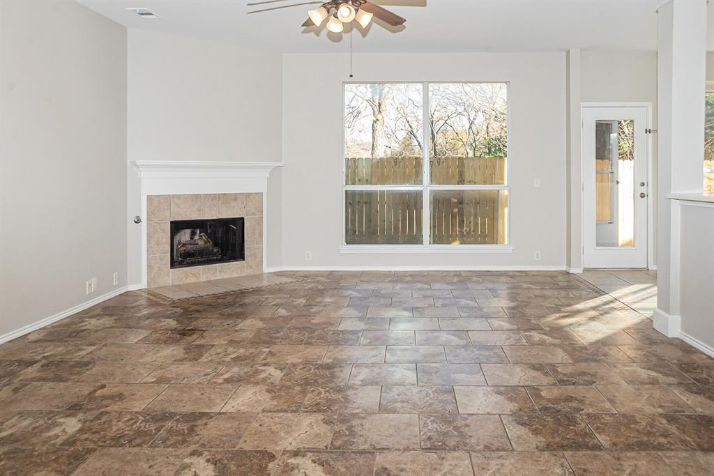 3920 Lochridge Court, North Richland Hills, Texas 76180 - acquisto real estate best prosper realtor susan cancemi windfarms realtor