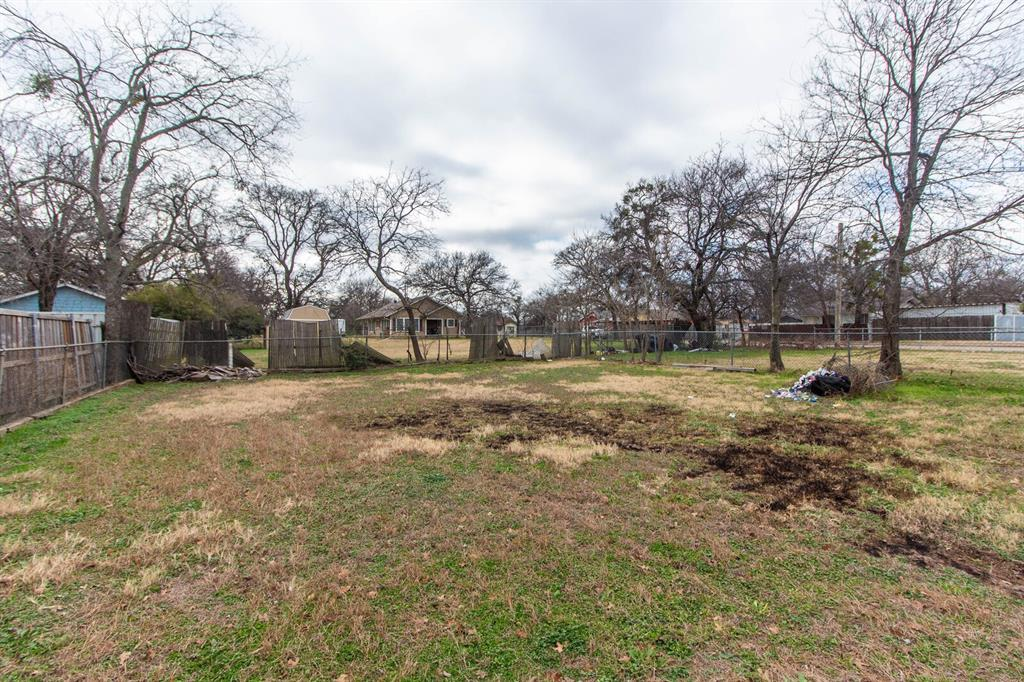 3404 Baylor Street, Fort Worth, Texas 76119 - acquisto real estate best realtor foreclosure real estate mike shepeherd walnut grove realtor