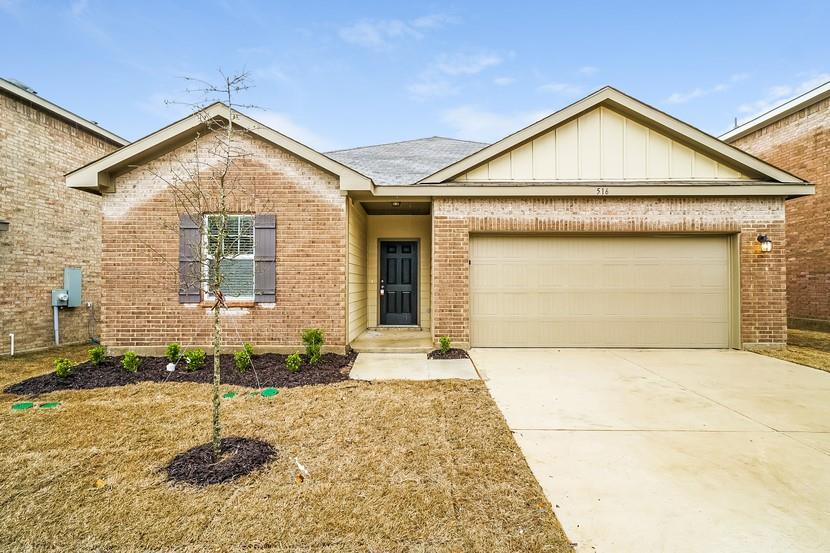 516 Horn Street, Crowley, Texas 76036 - Acquisto Real Estate best frisco realtor Amy Gasperini 1031 exchange expert