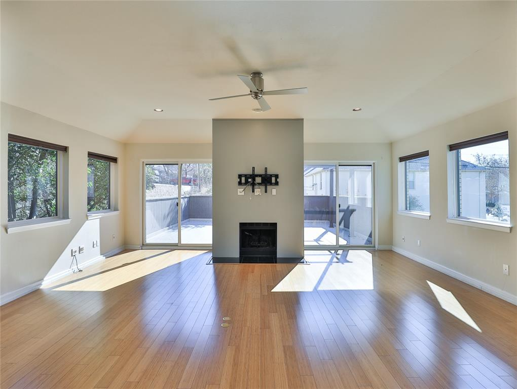 2643 Mccart Avenue, Fort Worth, Texas 76110 - acquisto real estate best real estate company to work for