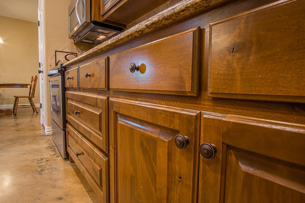 10 Liberty Court, Wichita Falls, Texas 76306 - acquisto real estate best new home sales realtor linda miller executor real estate