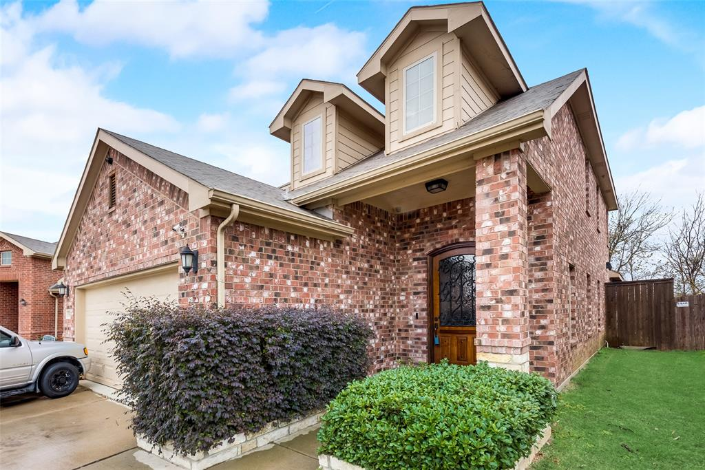5568 Thunder Bay Drive, Fort Worth, Texas 76119 - acquisto real estate best the colony realtor linda miller the bridges real estate