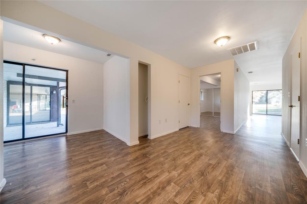 324 Shady Brook  Lane, Cedar Hill, Texas 75104 - acquisto real estate best negotiating realtor linda miller declutter realtor