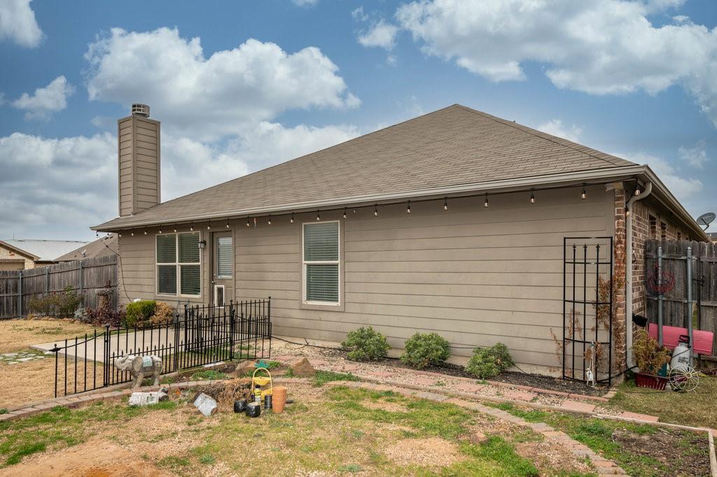 1337 Shelley Drive, Burleson, Texas 76028 - acquisto real estate best looking realtor in america shana acquisto