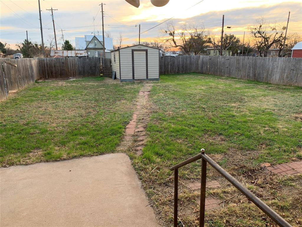 107 Cherry Merkel, Texas 79536 - acquisto real estate best real estate company to work for