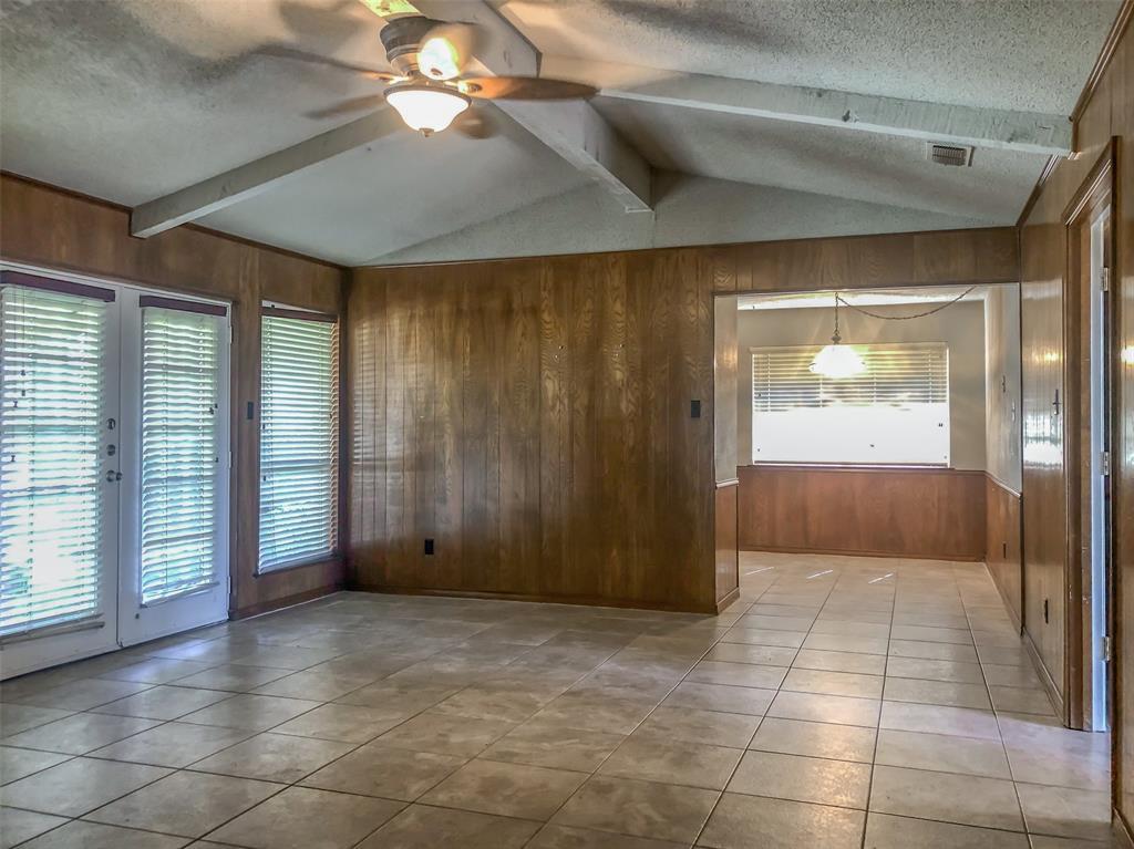 3924 Oak Arbor Drive, Dallas, Texas 75233 - acquisto real estate best celina realtor logan lawrence best dressed realtor