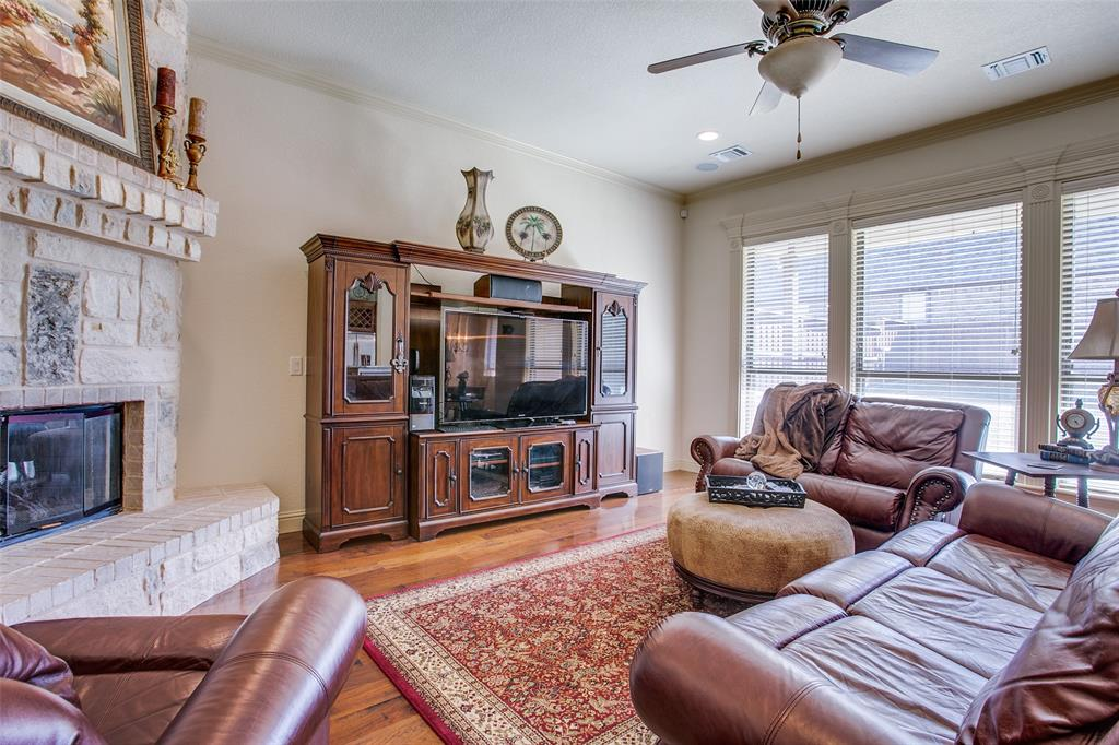 7920 Forest View Court, North Richland Hills, Texas 76182 - acquisto real estate best highland park realtor amy gasperini fast real estate service