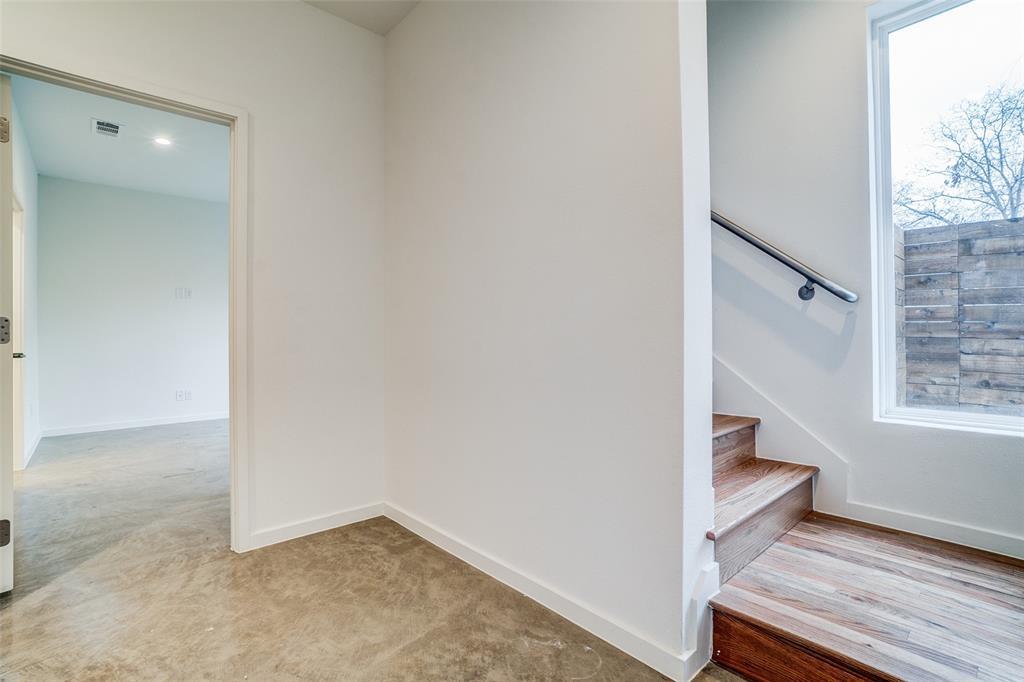 4202 Roseland Avenue, Dallas, Texas 75204 - acquisto real estate best luxury buyers agent in texas shana acquisto inheritance realtor