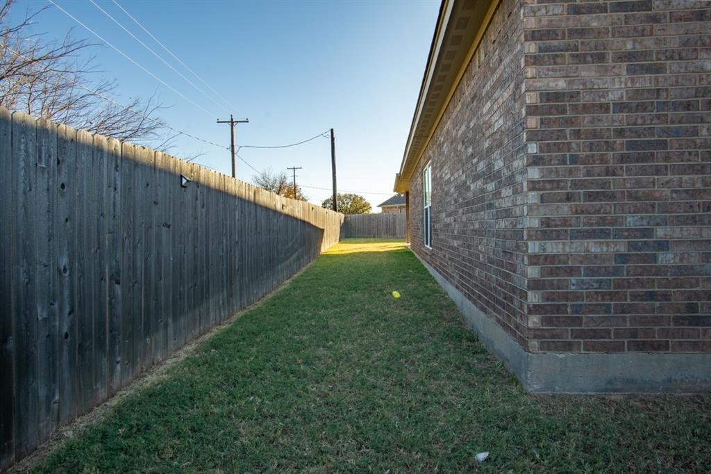 10 Liberty Court, Wichita Falls, Texas 76306 - acquisto real estate best listing photos hannah ewing mckinney real estate expert