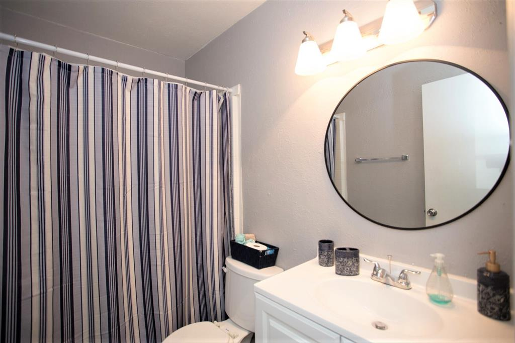 8055 Meadow  Road, Dallas, Texas 75231 - acquisto real estate best frisco real estate agent amy gasperini panther creek realtor