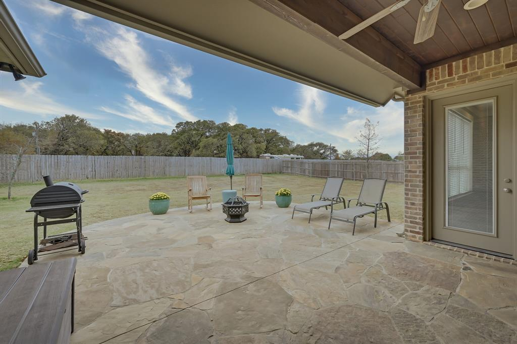 7108 Bursey Road, North Richland Hills, Texas 76182 - acquisto real estate agent of the year mike shepherd