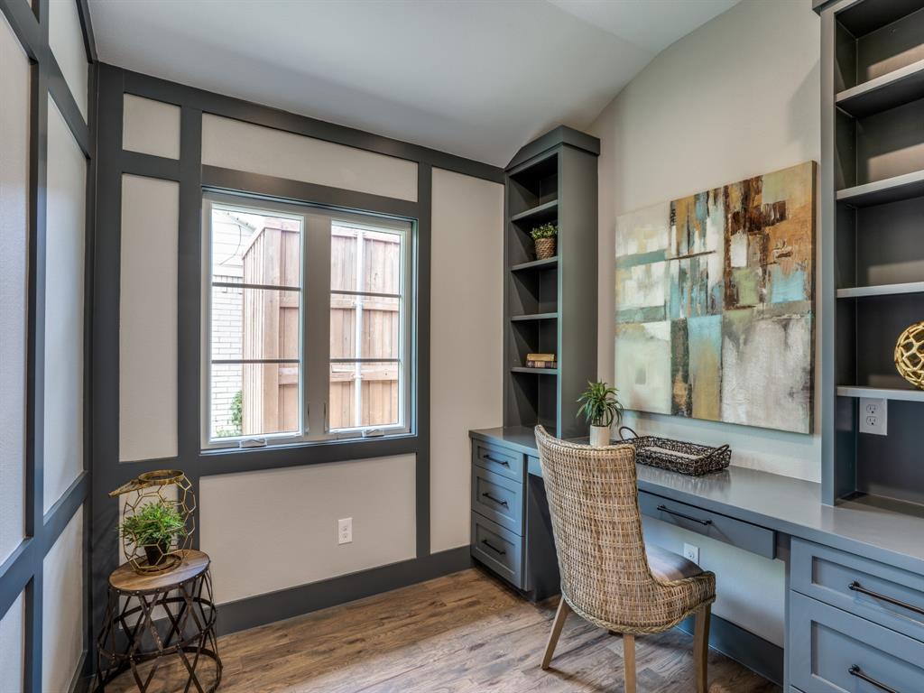 6501 Barnsbury Court, Dallas, Texas 75248 - acquisto real estate best celina realtor logan lawrence best dressed realtor