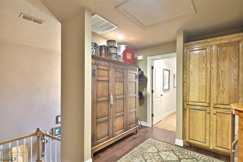 2409 Wyndham  Court, Abilene, Texas 79606 - acquisto real estaet best boutique real estate firm in texas for high net worth sellers