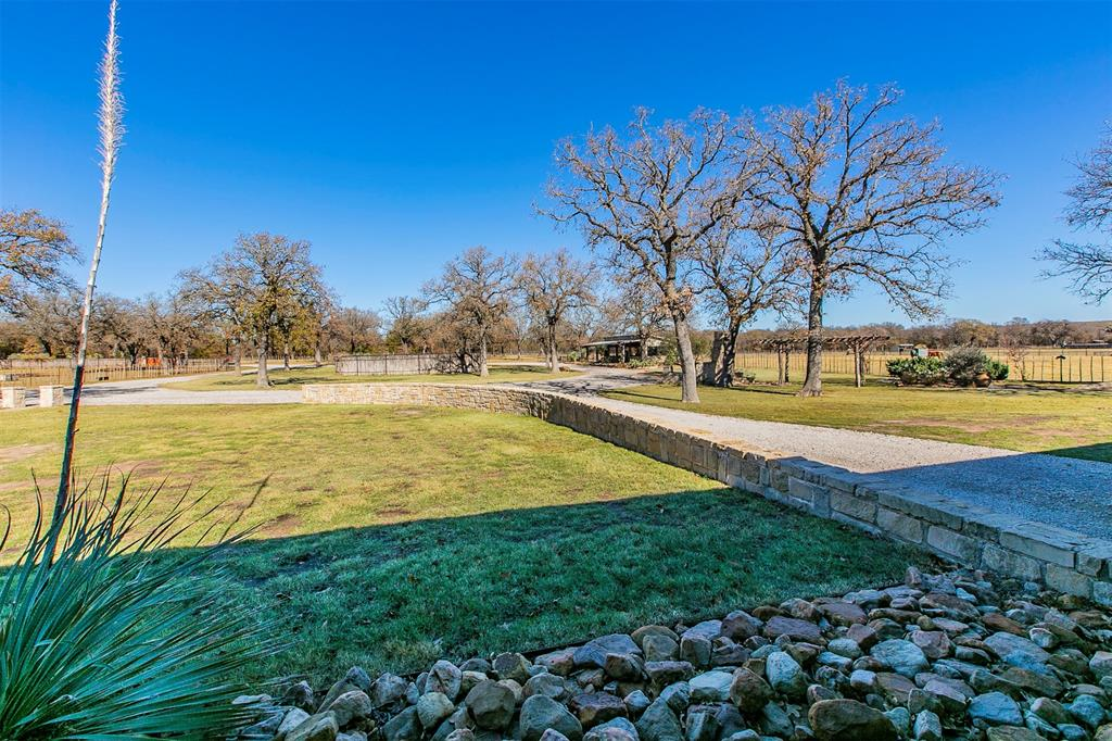 601 Indian Camp Road, Weatherford, Texas 76088 - acquisto real estate agent of the year mike shepherd