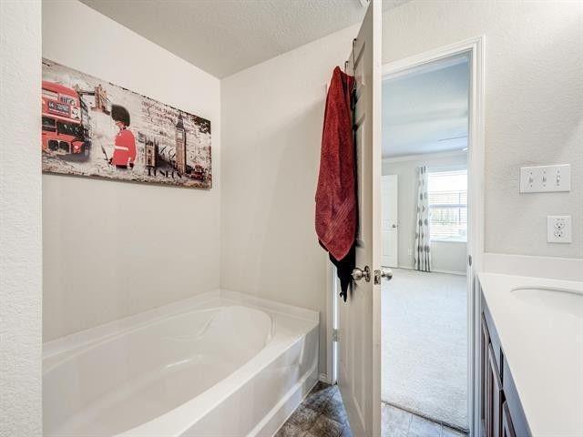 9933 Amosite Drive, Fort Worth, Texas 76131 - acquisto real estate best allen realtor kim miller hunters creek expert
