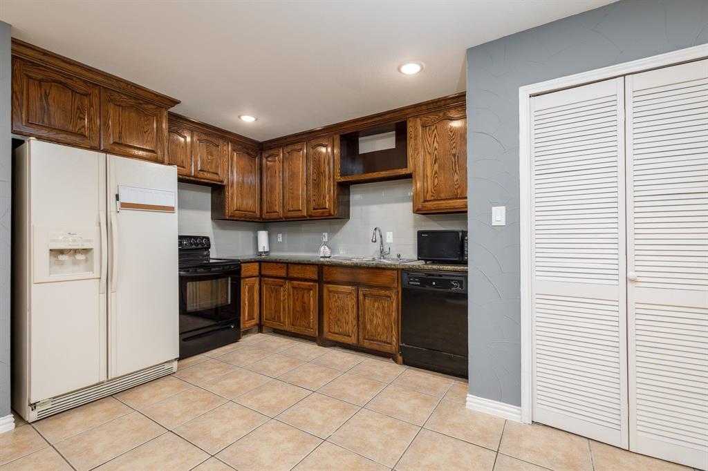 800 Rolling ridge Drive, Allen, Texas 75002 - acquisto real estate best highland park realtor amy gasperini fast real estate service