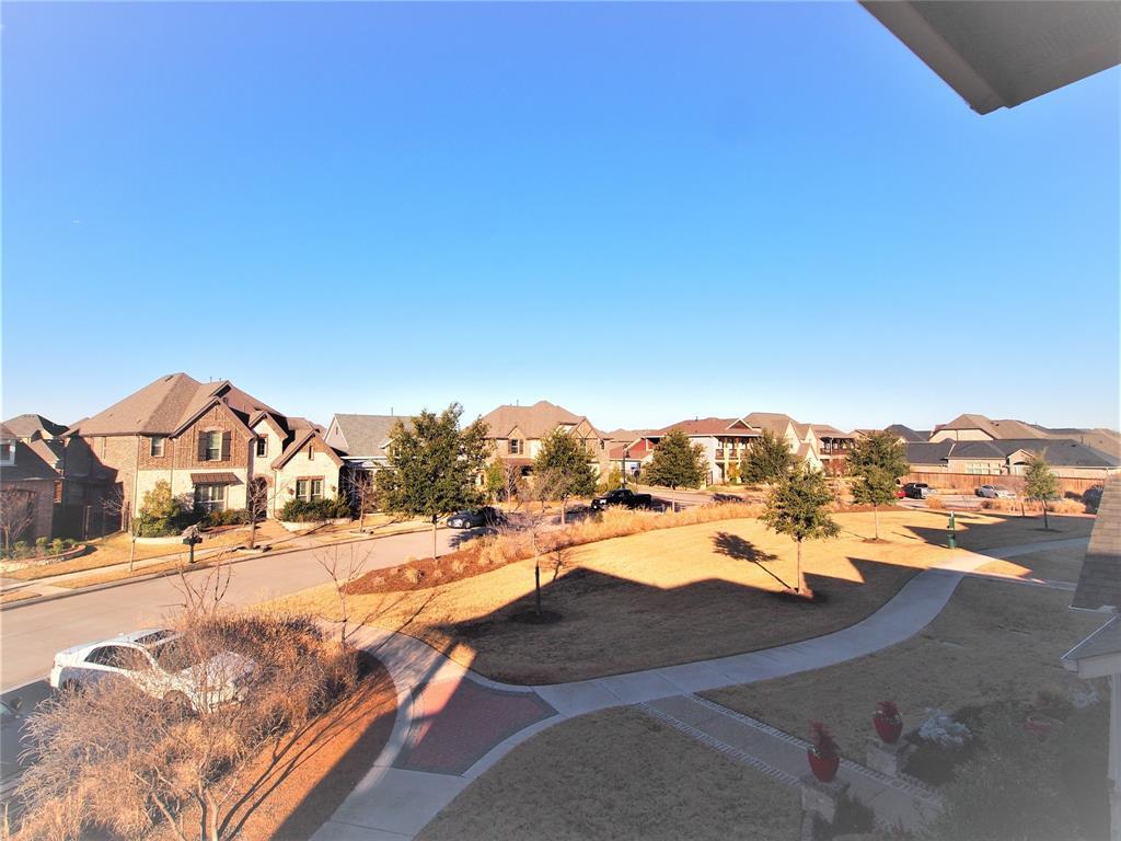 4000 Lemon Grass Way, Arlington, Texas 76005 - acquisto real estate best plano real estate agent mike shepherd