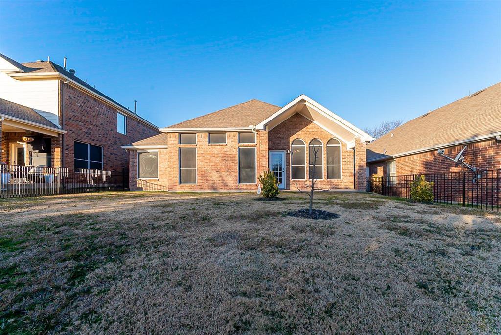 4108 Walnut Creek Court, Fort Worth, Texas 76137 - acquisto real estate best prosper realtor susan cancemi windfarms realtor