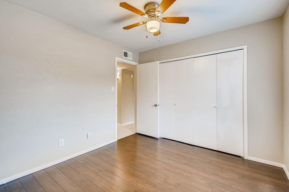 121 Kingsbridge Drive, Garland, Texas 75040 - acquisto real estate best realtor dfw jody daley liberty high school realtor