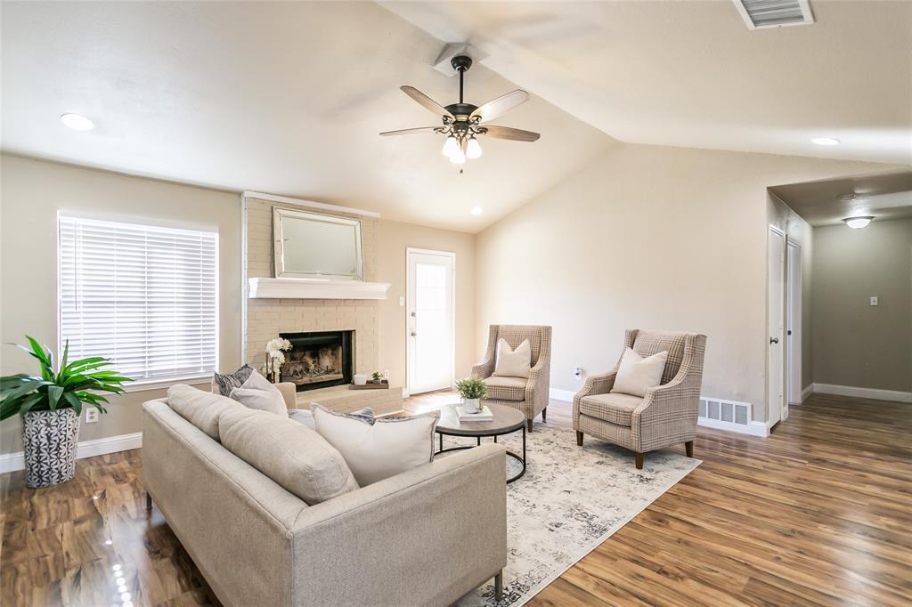 321 Chambers Creek Drive, Everman, Texas 76140 - acquisto real estate best celina realtor logan lawrence best dressed realtor