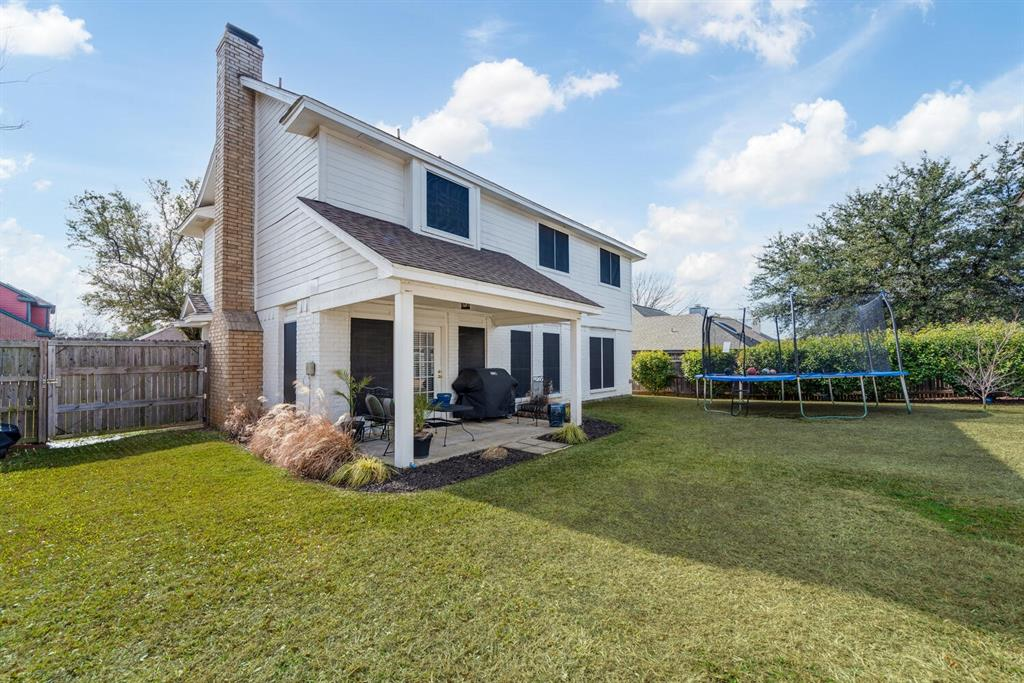 6737 Moss Lane, North Richland Hills, Texas 76182 - acquisto real estate best realtor foreclosure real estate mike shepeherd walnut grove realtor