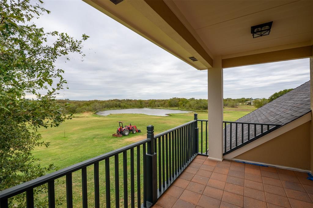 626 Scoggins  Road, Tioga, Texas 76271 - acquisto real estate best park cities realtor kim miller best staging agent