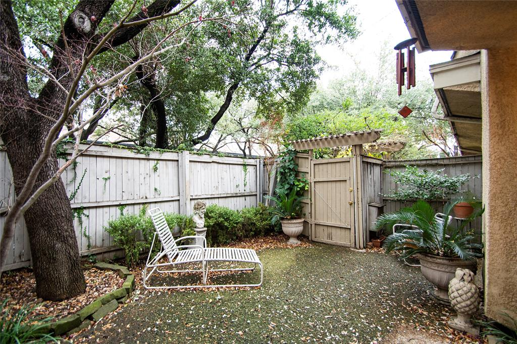 3602 Hawthorne Avenue, Dallas, Texas 75219 - acquisto real estate best real estate company in frisco texas real estate showings