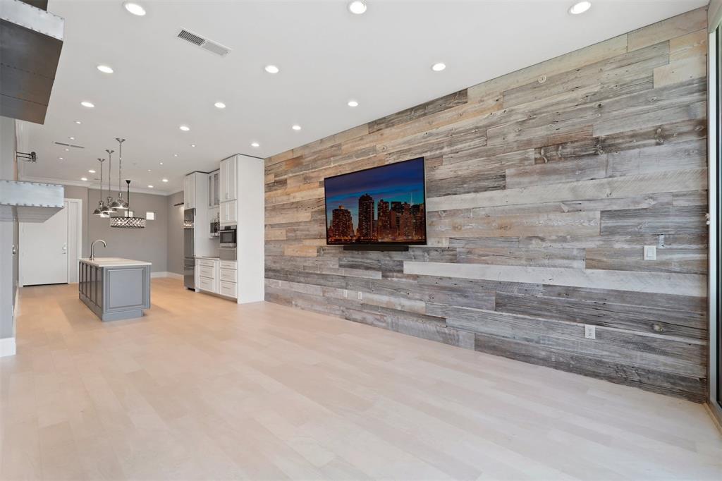 2950 Mckinney Avenue, Dallas, Texas 75204 - acquisto real estate best style realtor kim miller best real estate reviews dfw