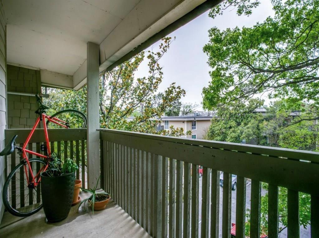 4859 Cedar Springs Road, Dallas, Texas 75219 - acquisto real estate best new home sales realtor linda miller executor real estate