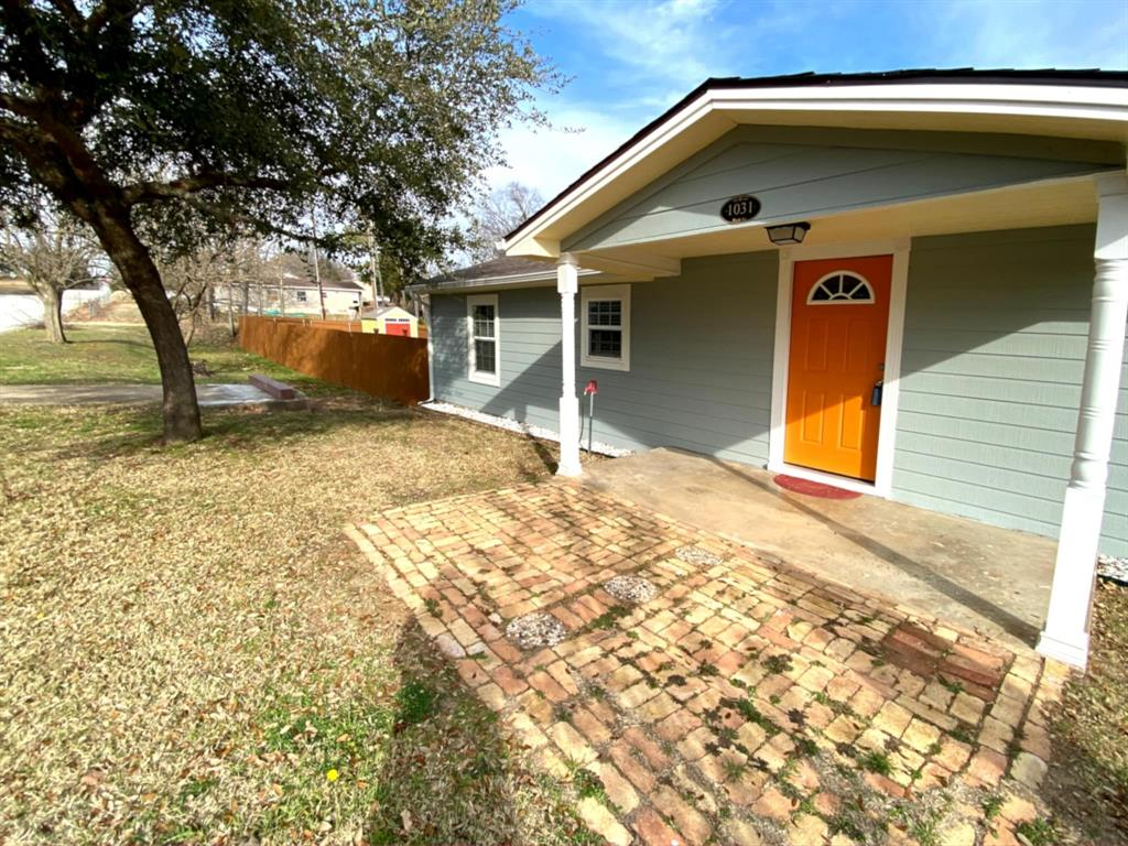 1031 Hull Street, Denison, Texas 75020 - acquisto real estate best prosper realtor susan cancemi windfarms realtor
