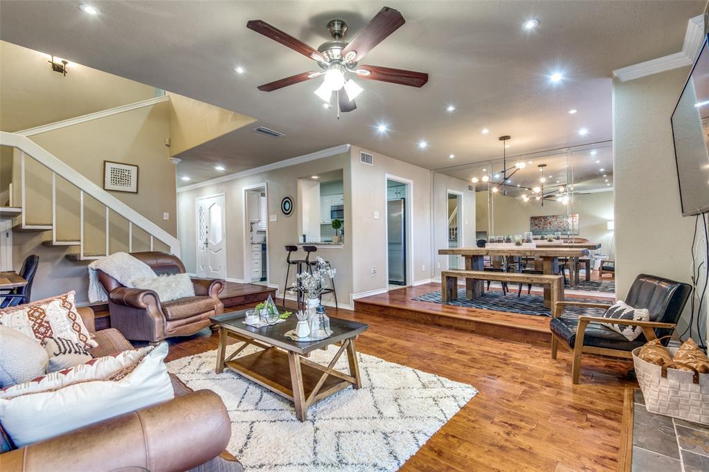 9030 Emberglow Lane, Dallas, Texas 75243 - acquisto real estate best highland park realtor amy gasperini fast real estate service