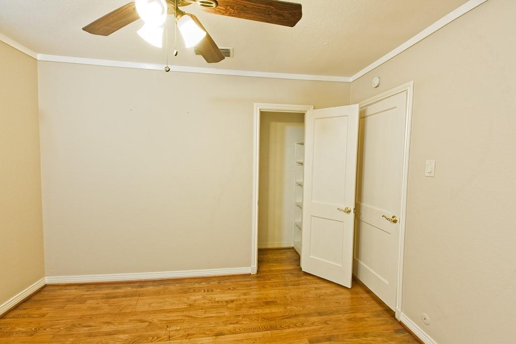 6324 Bordeaux Avenue, Dallas, Texas 75209 - acquisto real estate best plano real estate agent mike shepherd
