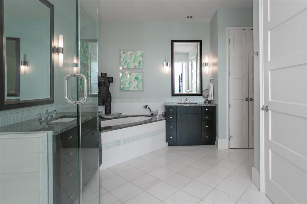1301 Throckmorton  Street, Fort Worth, Texas 76102 - acquisto real estate best new home sales realtor linda miller executor real estate