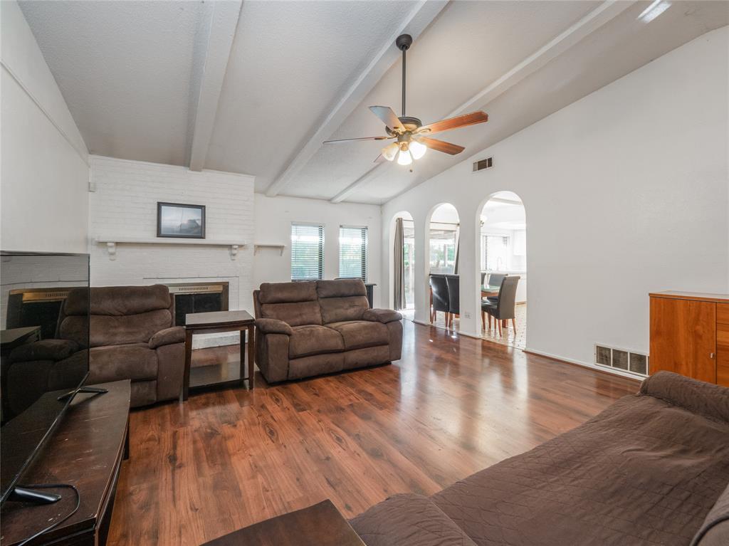 1168 Shadyglen Circle, Richardson, Texas 75081 - acquisto real estate best allen realtor kim miller hunters creek expert