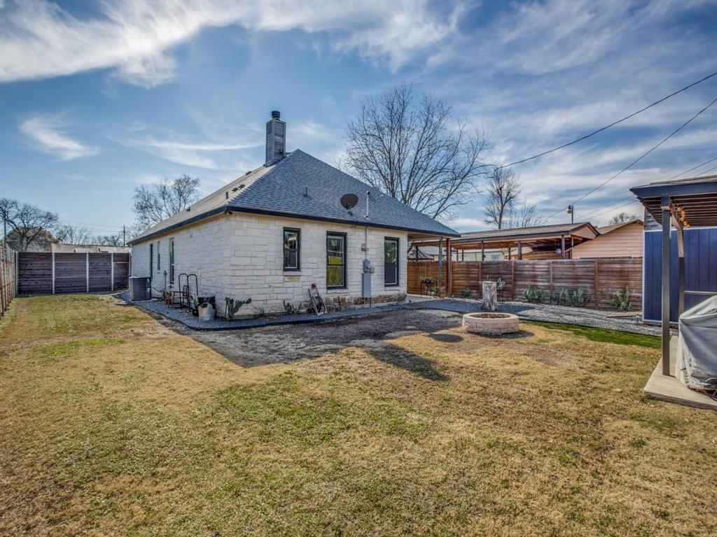 3303 Poinsettia Drive, Dallas, Texas 75211 - acquisto real estate best photo company frisco 3d listings